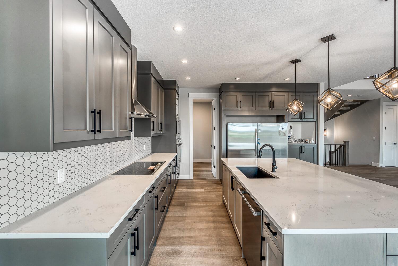Luxuria-Homes-Trusted-Home-Builder-Calgary-Alberta-Canada