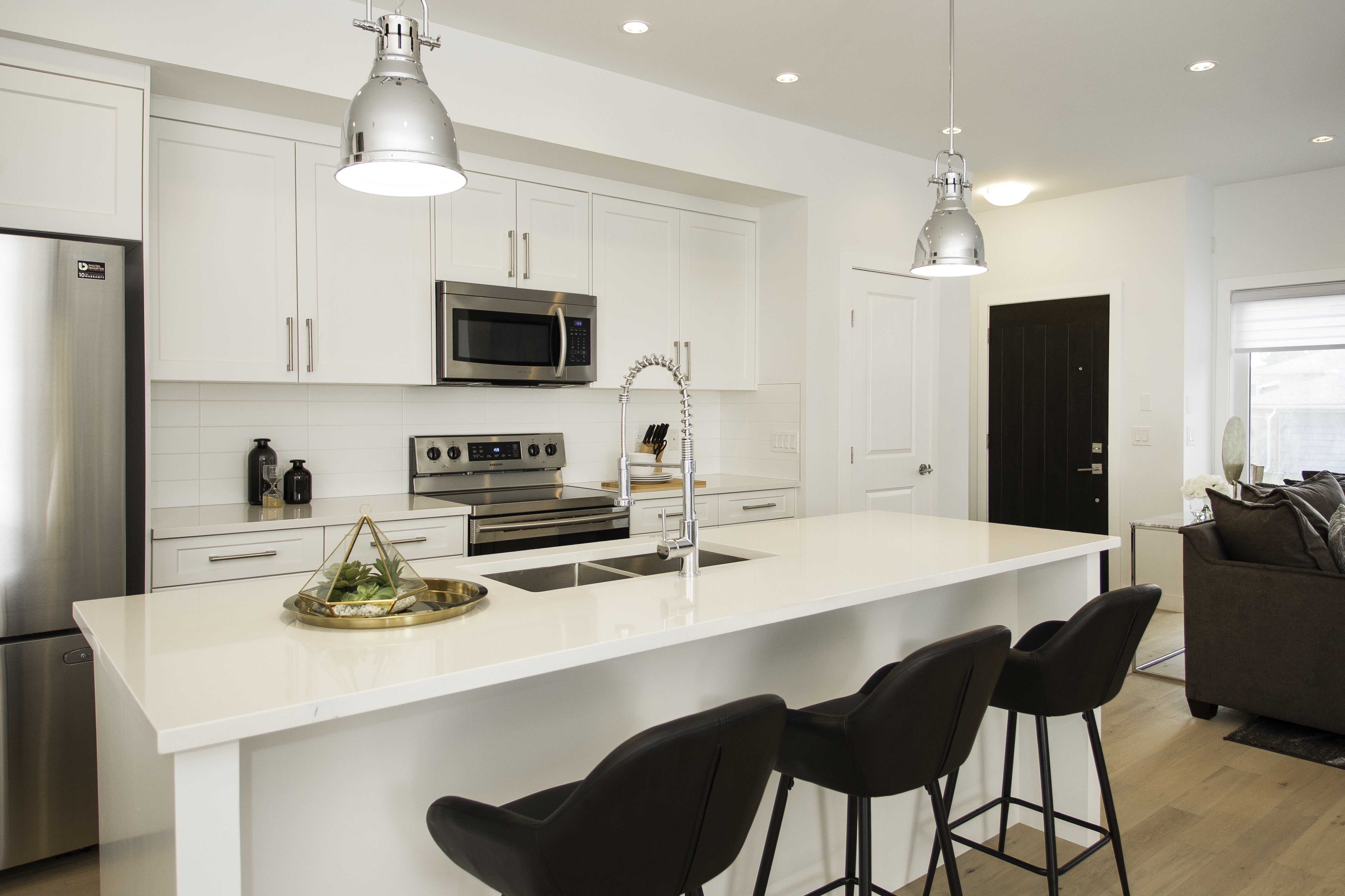 Luxe by Luxuria in Calgary Multi Family Homes5
