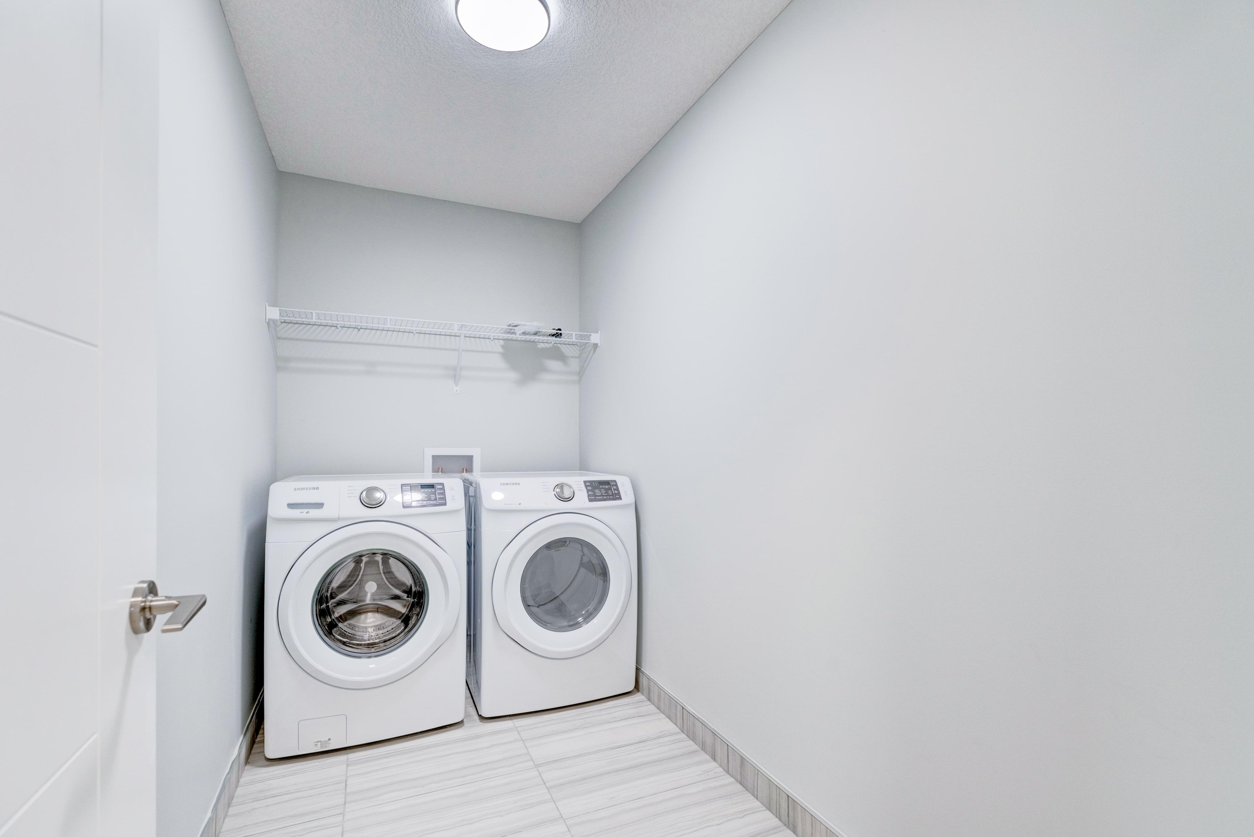 Roca - Laundry Room-min